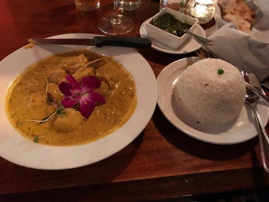 Mela Indian Restaurant: Mahi Mahi special. Absolutely delicious!!