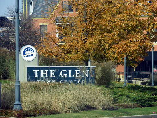 Glenview, IL: sign for The Glen Town Center at junction of Tower Drive & Patriot Blvd.