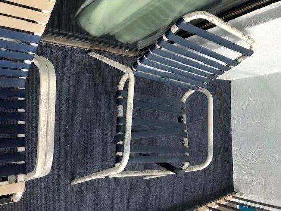 Sea Horn Motel : Chair on the Balcony