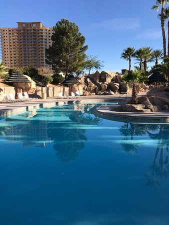 Oasis Las Vegas RV Resort: Sunrise from my RV window.  Pool waterfall was on today.