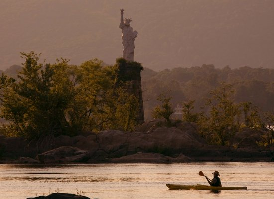 Marysville, Pensilvanya: Lady Liberty on the Susquehanna River, just north of BMO