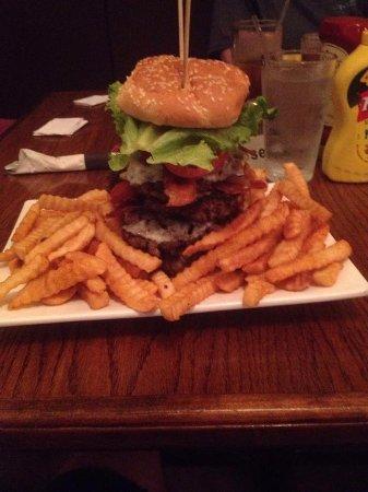 Tifton, GA: Stoneburger