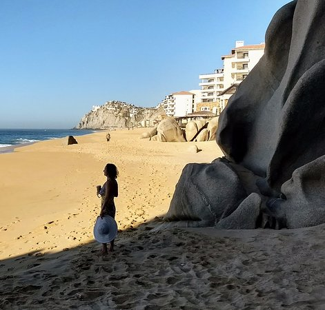 Grand Solmar Land's End Resort & Spa: a low surf day taking advantage of walking the beach to the rocks.