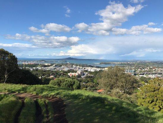 Mount Eden: photo3.jpg