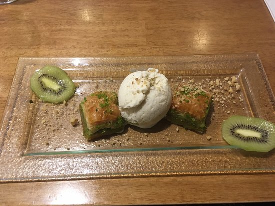 St. Neots, UK: Baklava to finish 😀