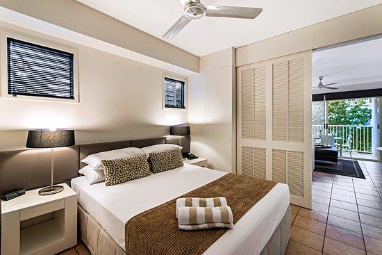Port Douglas Apartments : Bedroom