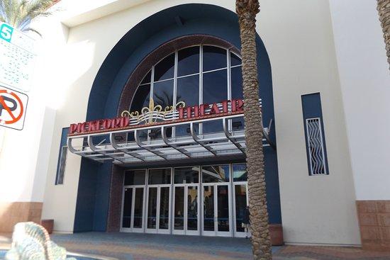 Cathedral City, CA: Main Entrance