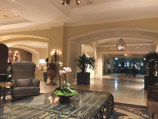 The Westin Riverwalk, San Antonio: Lobby