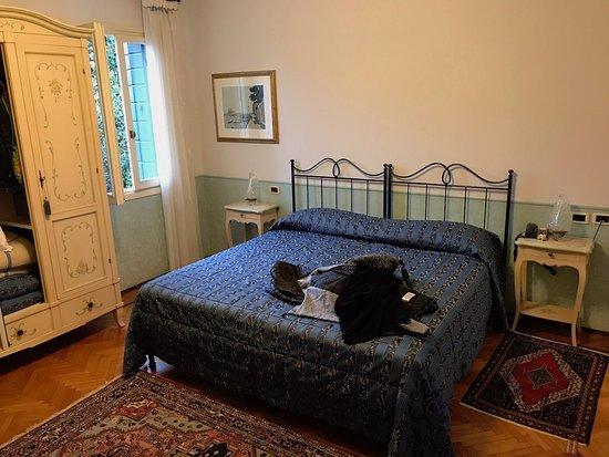 wir haben gut im bett geschlafen ist nicht berall so photo de ca 39 san rocco venise. Black Bedroom Furniture Sets. Home Design Ideas