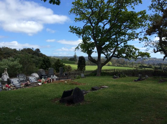 Kerikeri, Nueva Zelanda: Cemetery overlooking the valley