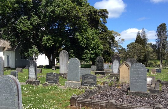 Kerikeri, Nueva Zelanda: Cemetery next to the church