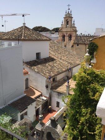 Las Casas de la Juderia : Looking out over Old Sevilla.