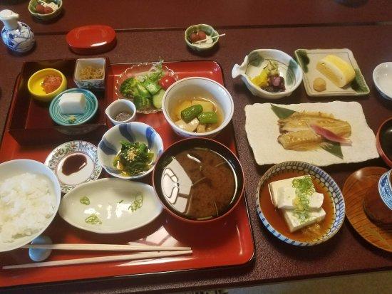 Hiiragiya: Breakfast in private dining room.