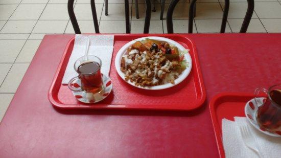 โคลด์เลค, แคนาดา: MR. PESEN's Turkish Cuisine