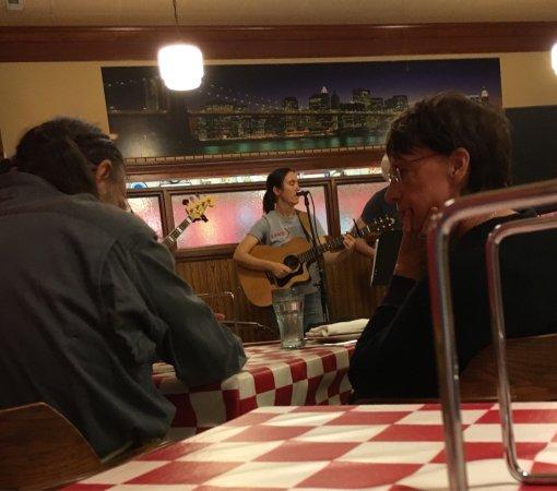 Fulton, MO: Brooklyn Pizza and Italian Restaurant