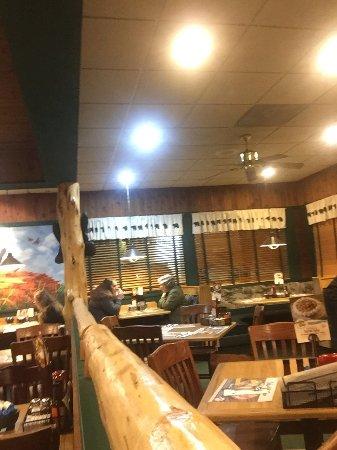 Бивертон, Орегон: Black Bear Diner Interior