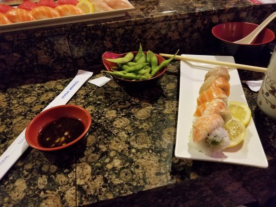 Aliso Viejo, Kalifornien: The Rainbow Roll
