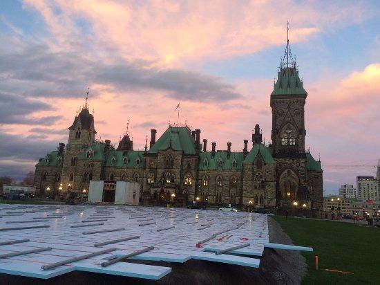 Ottawa, Canadá: Edificios en la colina del parlamento