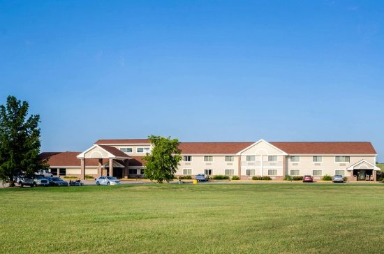 Hesston, KS: Exterior