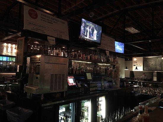 Imperial Bar & Lounge, Reno - Menu, Prices & Restaurant ...