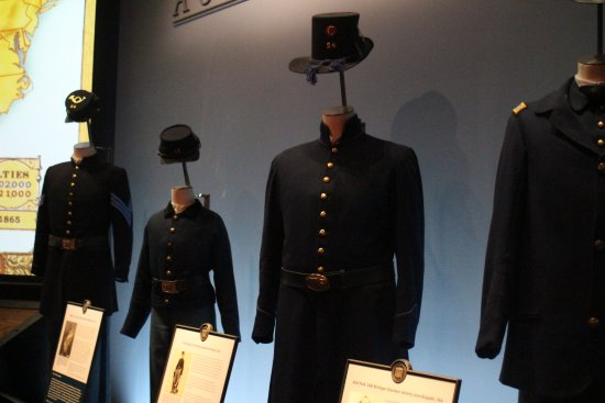 Abraham Lincoln Presidential Library und Museum: Soldiers Uniforms
