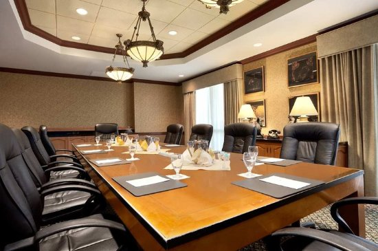 Brea, CA: Boardroom