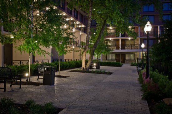 Crowne Plaza Hotel Louisville Airport Ky Expo Center Updated 2017 Reviews Price Comparison