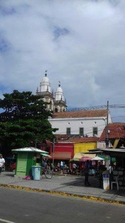 Sao Pedro dos Clerigos Cathedral : Vista  a  partir  da  av. Dantas  Barreto
