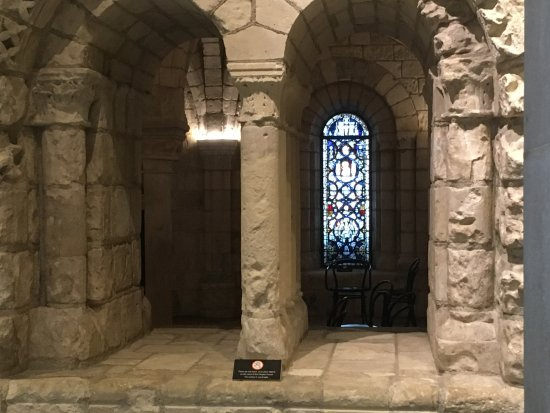 Worcester Art Museum: A glimpse of the vaulted gothic stone room preserved there.
