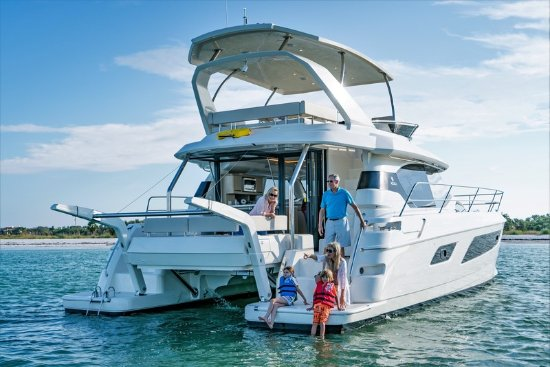 Luxury Yachts Whitsundays