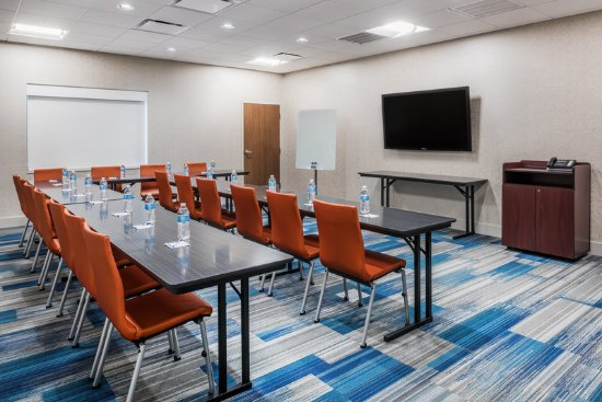West Plains, MO: Let our professional staff assist with your meeting needs.