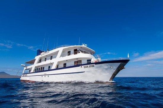 4-tägige Galapagos-Bootstour nach...