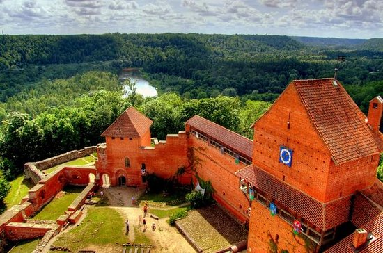 Sigulda, Cesis Food and Culture...