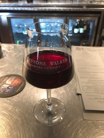 Buellton, Californie : Grenache wine