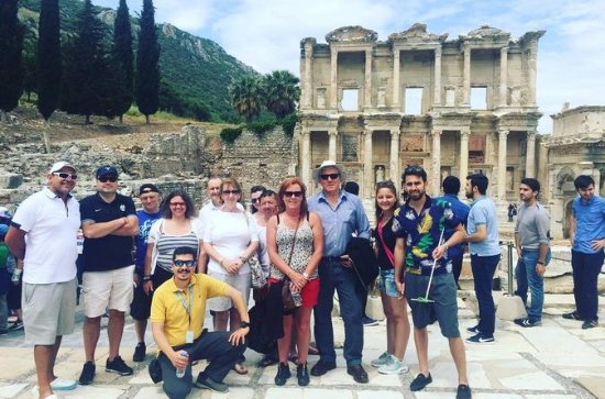 2 days tour to Ephesus and Pamukkale by...