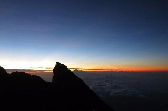 Mont Agung Sunrise Trekking