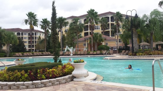 WorldQuest Orlando Resort: A ground view of the pool