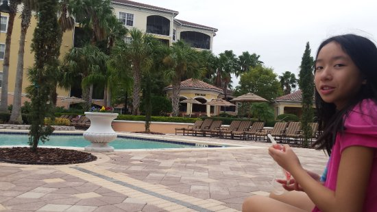 WorldQuest Orlando Resort: A ground view of the pool & tiki bar