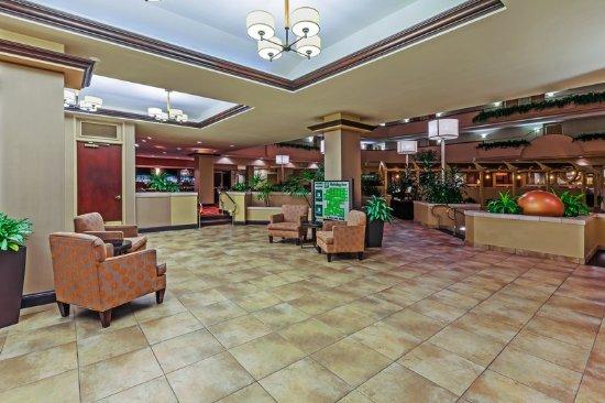 Springdale, AR: Hotel Lobby