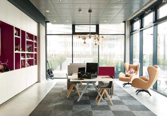 Eschborn, ألمانيا: Lobby - Seating Area