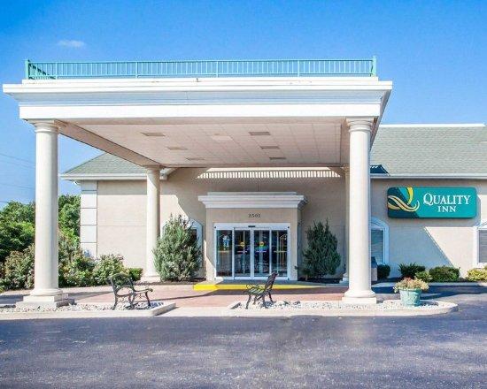 Lake Ozark, MO: Hotel entrance