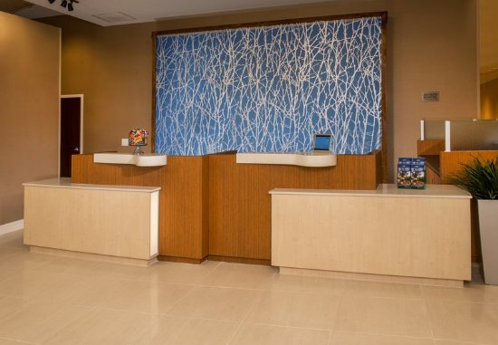 Washington, Kuzey Carolina: Front Desk