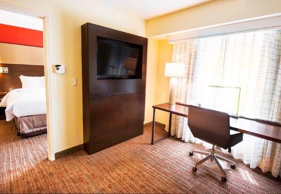 West Columbia, SC: One-Bedroom Suite - Work Desk