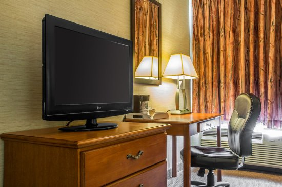 Mansfield, PA: King Room