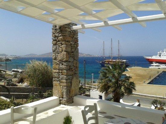 Tourlos, Yunanistan: Terrace