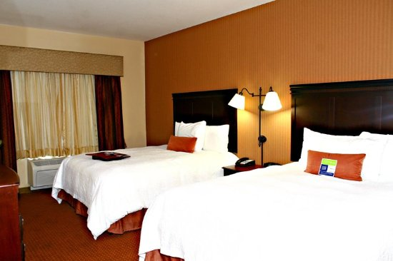Buda, TX: Double Beds