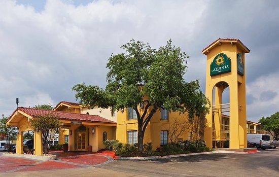 La Quinta Inn College Station: ExteriorView