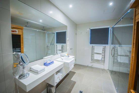 Metung, Australia: 3 Bedroom Penthouse