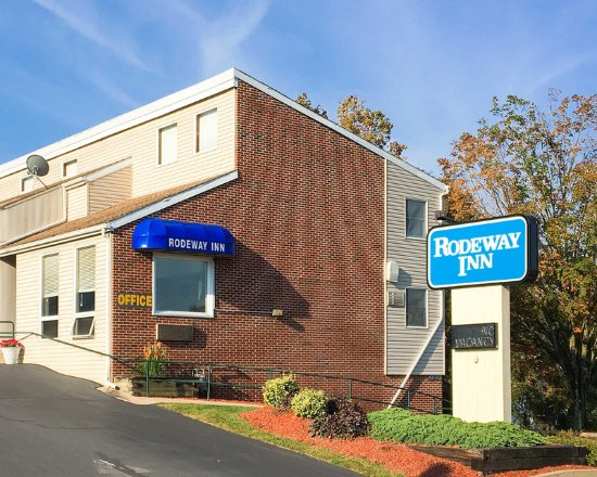 Rodeway Inn: Hotel exterior