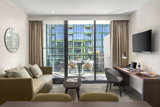 Innaloo, Australia: One Bedroom Apartment